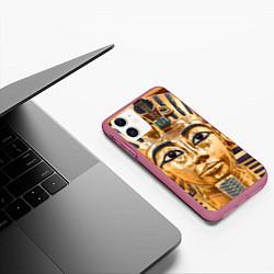 Чехол iPhone 11 матовый Фараон цвета 3D-малиновый — фото 2