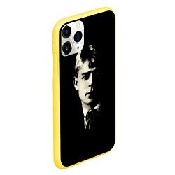 Чехол iPhone 11 Pro матовый Есенин Ч/Б цвета 3D-желтый — фото 2