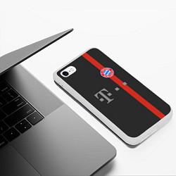 Чехол iPhone 6/6S Plus матовый Bayern FC: Black 2018 цвета 3D-белый — фото 2