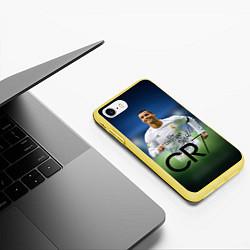 Чехол iPhone 7/8 матовый CR7 цвета 3D-желтый — фото 2
