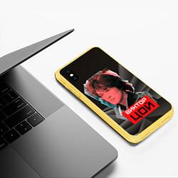Чехол iPhone XS Max матовый Виктор Цой цвета 3D-желтый — фото 2