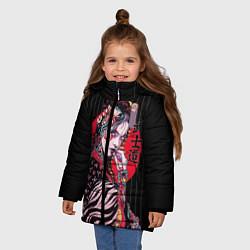Детская зимняя куртка для девочки с принтом Гейша, цвет: 3D-черный, артикул: 10180372906065 — фото 2