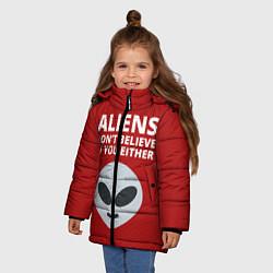 Куртка зимняя для девочки Пришельцы не верят в людей цвета 3D-черный — фото 2