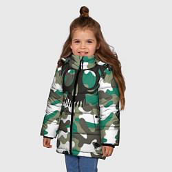 Куртка зимняя для девочки Камуфляж цвета 3D-черный — фото 2
