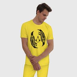 Пижама хлопковая мужская Assassin's Creed Valhalla цвета желтый — фото 2