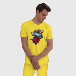 Пижама хлопковая мужская Лига справедливости цвета желтый — фото 2