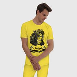 Пижама хлопковая мужская Богиня с розами и пентаграммой цвета желтый — фото 2