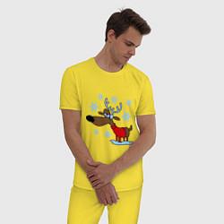 Пижама хлопковая мужская Олень в снегу цвета желтый — фото 2