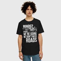 Футболка оверсайз мужская We don't need roads цвета черный — фото 2