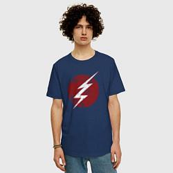 Футболка оверсайз мужская The Flash logo цвета тёмно-синий — фото 2