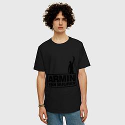 Мужская удлиненная футболка с принтом Armin van buuren, цвет: черный, артикул: 10036476605753 — фото 2
