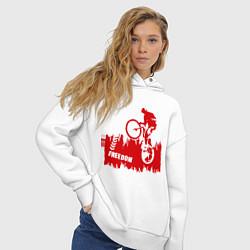 Толстовка оверсайз женская Велосипед цвета белый — фото 2
