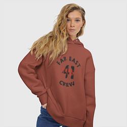 Толстовка оверсайз женская Far East 41 Crew цвета кирпичный — фото 2