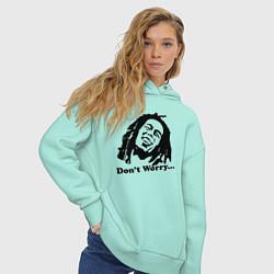 Толстовка оверсайз женская Bob Marley: Don't worry цвета мятный — фото 2