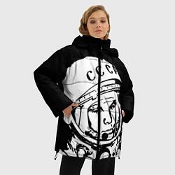 Женская зимняя 3D-куртка с капюшоном с принтом Гагарин, цвет: 3D-черный, артикул: 10091681306071 — фото 2