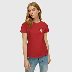 Футболка хлопковая женская Погоня: герб цвета красный — фото 2